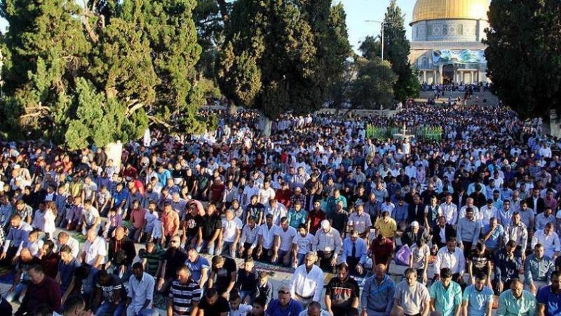مسجد الاقصی میں نماز جمعہ کا روح پرور اجتماع 60 ہزار نمازیوں کی شرکت