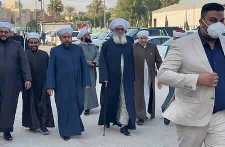 اہل سنت عراق کے ایک وفد کی مسجد سہلہ میں مرحوم آیت اللہ سید سعید الحکیم کی مجلس ختم میں شرکت