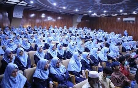 کوثر کالج میں نمایاں کامیابی حاصل کرنے والے طالبات کے اعزاز میں تقریب