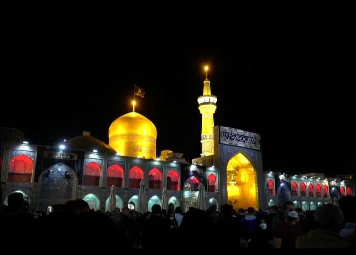 امام رضا (ع) کی شہادت کے موقع پر زائرین کی عزاداری