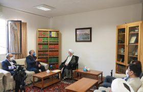 تصویری رپورٹ| ایرانی وزیر صحت کی قم میں علماء اور مجتہدین سے ملاقات